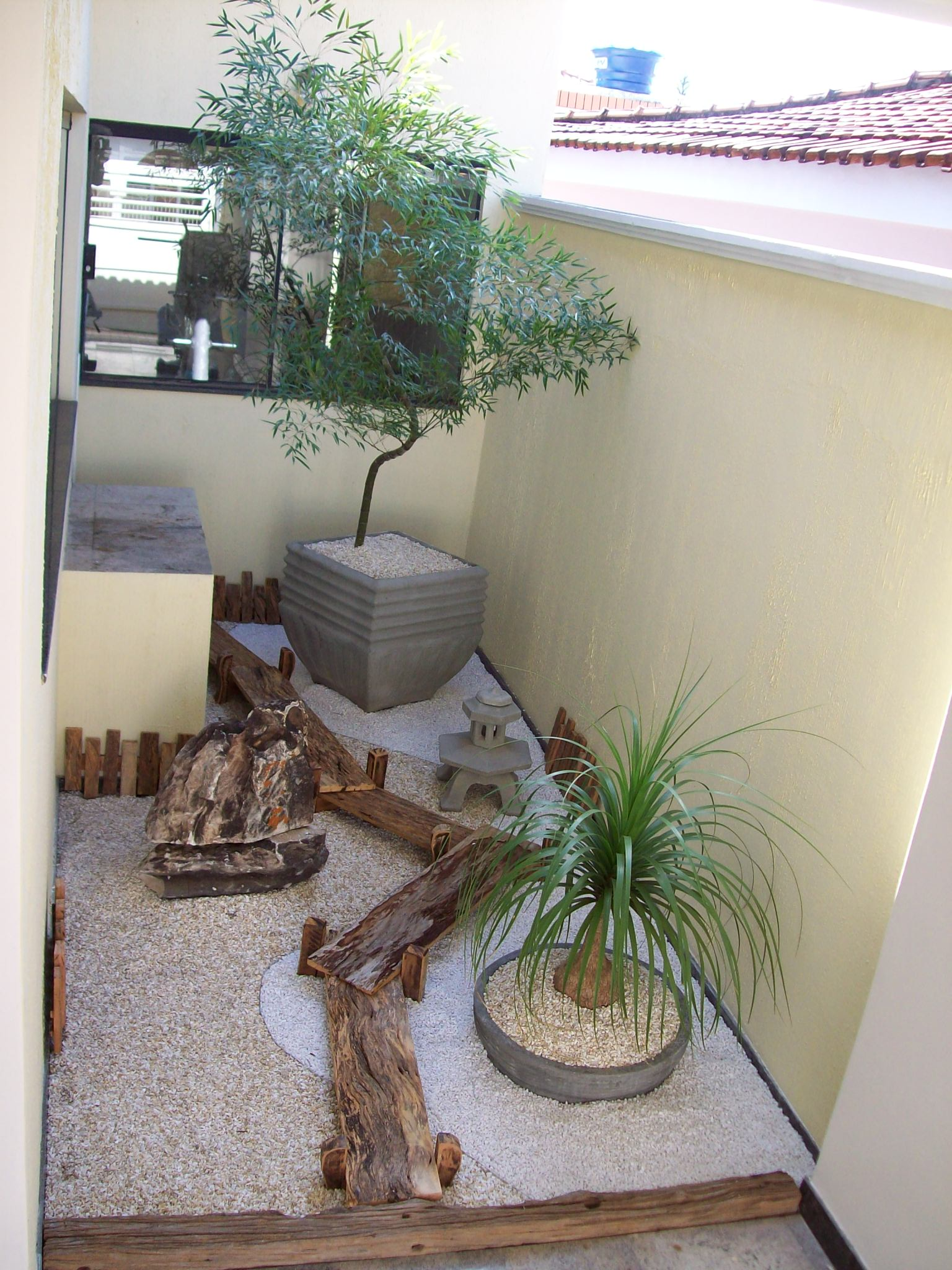 pedras jardins pequenos : pedras jardins pequenos: – Comunidade da Moda : Decoração de Jardins para Pequenos Espaços